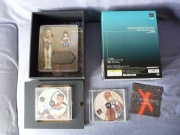 Xenogears- Wong Fei Fong Edition (Square Millennium Collection) (Playstation) fotografia contenido y vista trasera.jpg