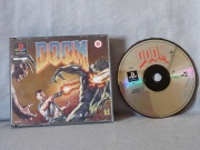 Doom Ps1 Caratula Delantera y Disco.jpg