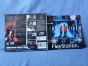 The X-Files (Playstation Pal) fotografia caratula delantera y discos de juego.jpg