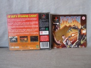 Doom Ps1 Caratula trasera y manual.jpg